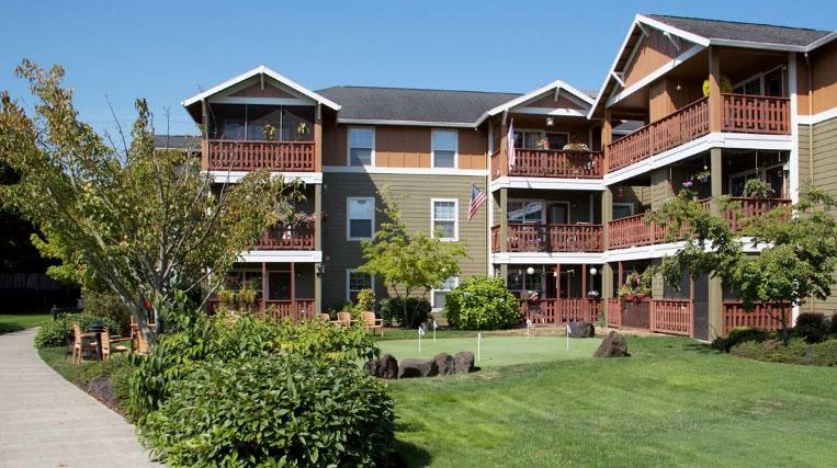 Springs at Clackamas Woods – Milwaukie, Oregon